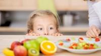 Des enfants américains testent la cuisine française