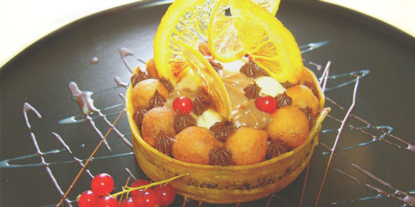 Beignet de banane jeune et son trio de chocolat du chef à domicile sur Lyon Cédric Martial